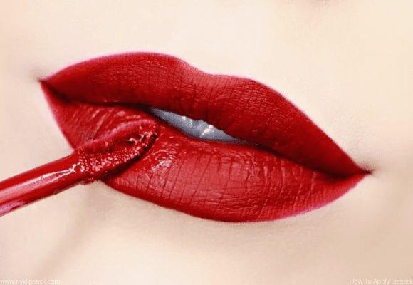 Apply Lipstick Properly