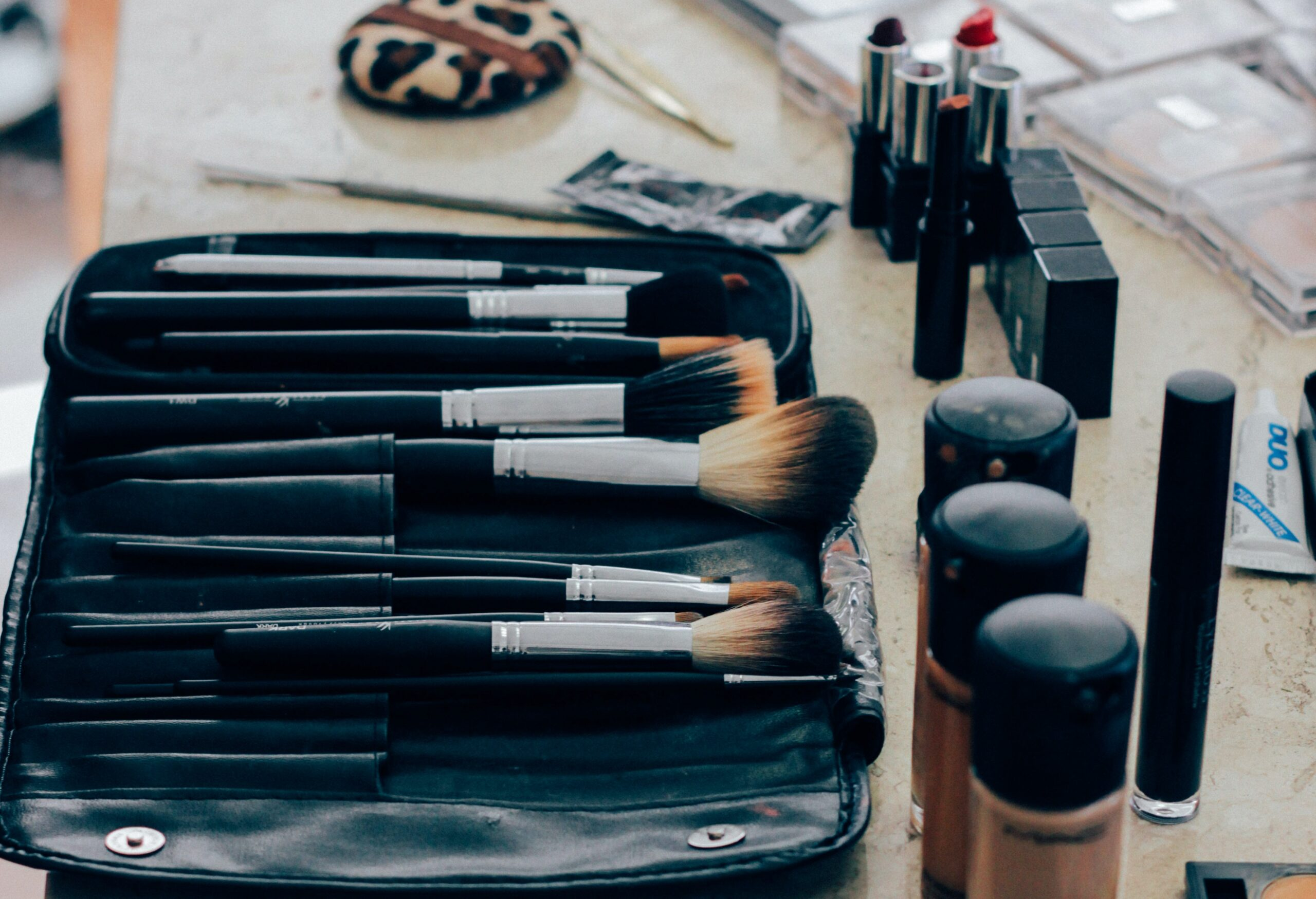 Nyx Total Control Drop Foundation, Nyx Lipstick